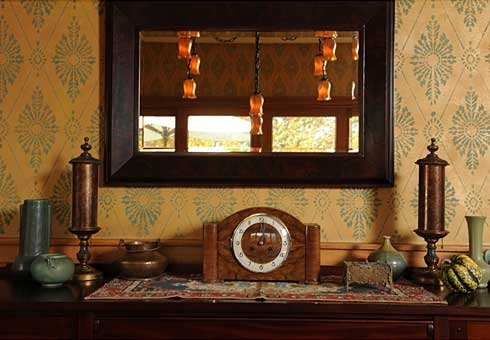 Damask_stencil_dining_room