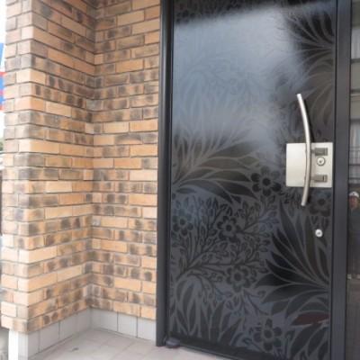 玄関ドアデザイン塗装(下関)
